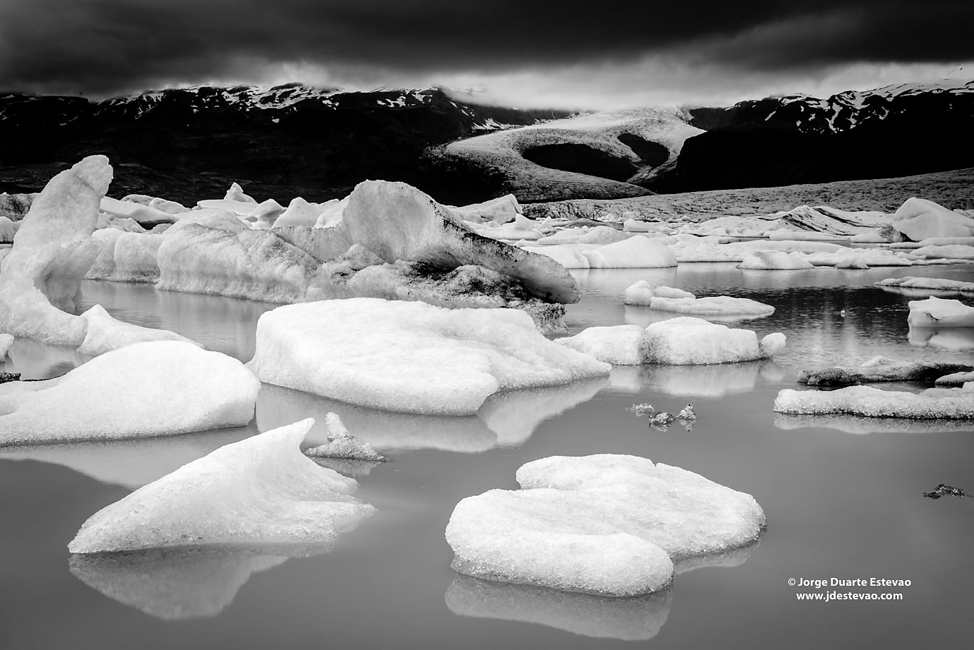 black white Melting ice Fjallsárlón glacier lake Iceland
