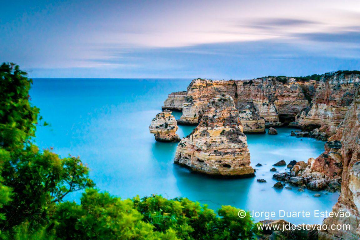 Praia da Marinha, along the Sete Vales Suspensos walking trail in the Algarve, Portugal